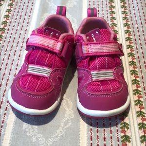 Tsukihoshi Pink Sneaker